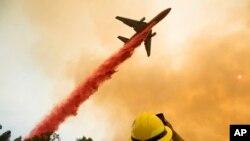 美中等国水灾火灾和抗灾新闻照片精选(21图)