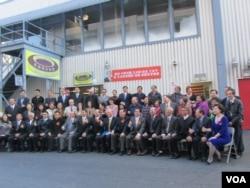 美國台灣客家鄉親歡迎王金平率領的祝賀團(美國之音容易拍攝)