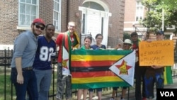 Some of the Zimbabweans who staged a protest outside the Zimbabwe Embassy in Washington DC, USA.