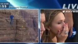 Ник Валенда го мина Големиот кањон одејќи на јаже