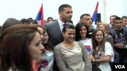 Ministar sporta i omladine u Vladi Srbije Vanja Udovičić tokom posete Gračanici