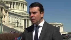 Македонија треба сама да си ги решава проблемите