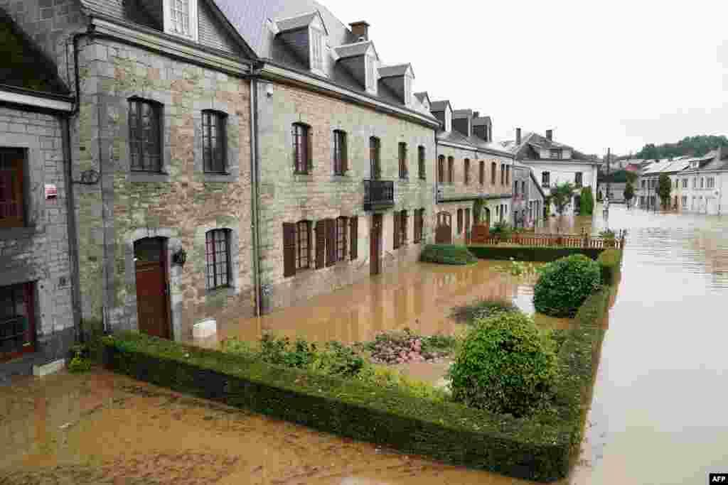 بیلجیم کے صوبے لیگ میں سیلاب نے کئی علاقوں کو متاثر کیا ہے۔