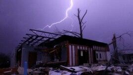 Stuhi vdekjeprurëse në Amerikë