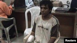 Mohammed Ajmal Kasab, tay súng tham gia các cuộc tấn công trong thành phố Mumbai của Ấn Độ năm 2008 giết chết 166 người