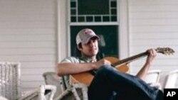 Easton Corbin es uno de los nuevos artistas que se destaca en Nashville.
