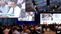 Các đại biểu tham dự Hội nghị Biến đổi Khí hậu của Liên Hiệp Quốc ở Lima, Peru, ngày 13 tháng 12.