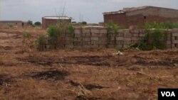Residências em zona decretada para demolição