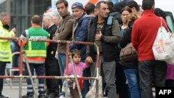 2015年9月5日难民在慕尼黑火车站等待医生检查