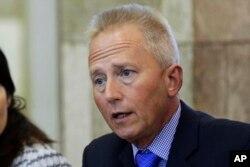 Senatör Jeff Van Drew