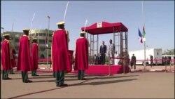 Le président Kenyatta prête serment pour un second mandat (vidéo)