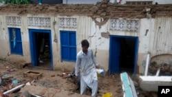 زلزلے کے باعث جاتلاں کے علاقے میں متعدد مکانات کو شدید نقصان پہنچا ہے۔