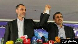 محمود احمدی نژاد و معاون سابق اش، هر دو برای انتخابات اردیبهشت ماه نامزد شدند اما شورای نگهبان صلاحیت آنها را رد کرد