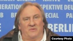 Жерар Депардье на пресс-конференции. Photo: Oleg Sulkin