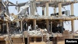 仍在施工的電訊業建築物遭土制炸彈襲擊