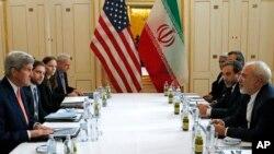 """Las autoridades estadounidenses describen la liberación de los prisioneros, tanto por parte de Irán como de EE.UU. como """"un gesto humanitario""""."""