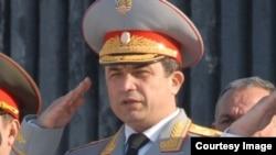 41 yoshli general 2014-yilning boshida Mudofaa vaziri o'rinbosari etib tayinlangan edi