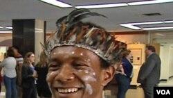 Soro, pelajar Indonesia asal Papua yang turut dalam pameran budaya di gedung Departemen Luar Negeri AS di Washington, DC (29/7).