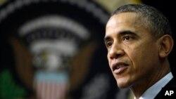 Presiden Barack Obama menyampaikan sambutan dalam peringatan Hari AIDS di Gedung Putih, Washington DC (2/12).