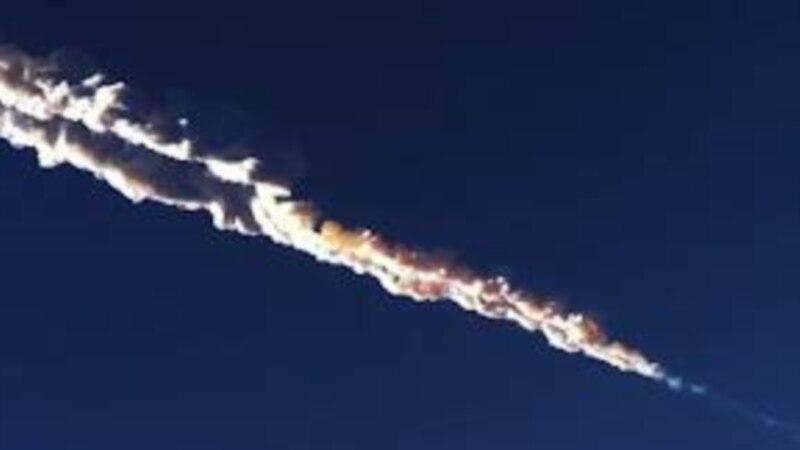 Shiu meteorik mbi Rusi, panik e të plagosur