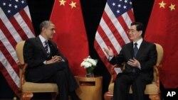 G20: Obama reúne-se com Hu Jintao e Angela Merkel
