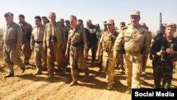 Pasukan Kurdi (Peshmerga) yang memerangi ISIS di Irak (foto: dok). AS ingin memanfaatkan pasukan setempat untuk melawan ISIS selama mungkin.