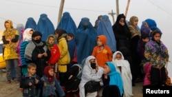 د افغان حکومت د شمیرنو له مخې په افغانستان کې د نفوسو د ودې کچه د دغه هیواد ګاونډیو هیوادونو څخه ډیره ده.