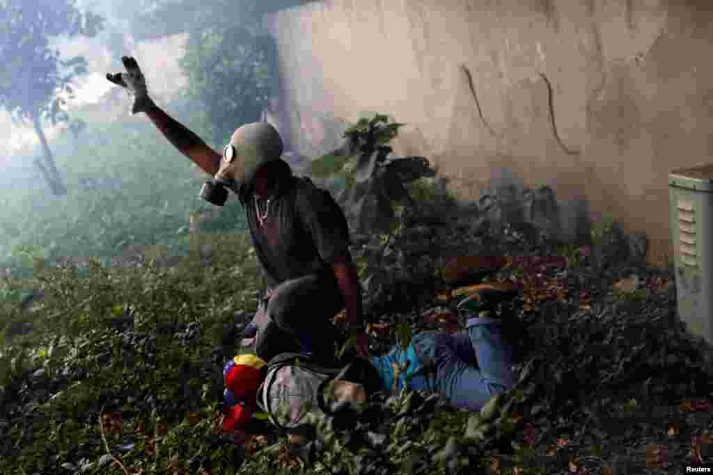 Venesuela - Hökumətə qarşı etirazlar
