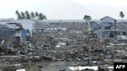 Cảnh tàn phá ở Aceh sau trận sóng thần ngày 31 tháng 12 năm 2004