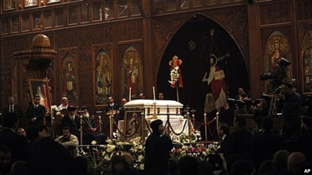 Egyptian senior clerics pay final respects to Pope Shenouda III, Cairo, Egypt, March 20, 2012.