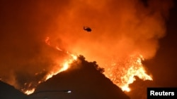 Požar u brdima oko Los Anđelesa, 28. oktobar 2019 (Foto: Rojters/Gene Blevins)