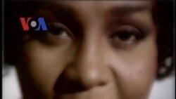 Lagu-Lagu Whitney Kembali Masuk 'Top Ten' - Liputan Berita VOA 17 Februari 2012