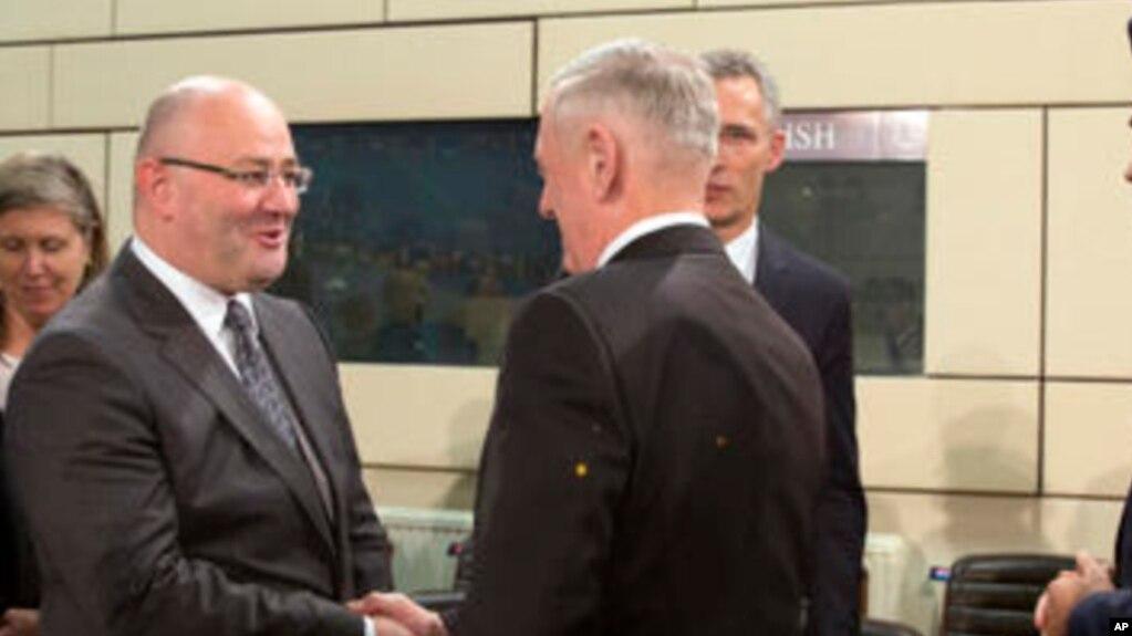 Министры обороны США и Грузии встретились в Брюсселе