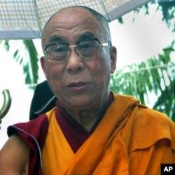达赖喇嘛2009年在台湾甲仙乡小林村举行法会后讲话