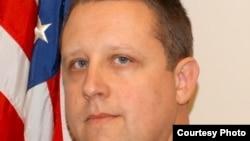 Walikota Lewiston, negara bagian Maine, Shane Bouchard (foto courtesy: Lewistonmaine.gov).