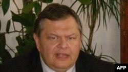 Bộ trưởng Quốc phòng đương nhiệm của Hy Lạp Evangelos Venizelos sẽ trở thành tân bộ trưởng tài chính