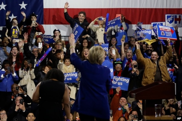 Democratic presidential candidate Hillary Clinton waves to supporters before speaking during a rally in New York on March 2, 2016.