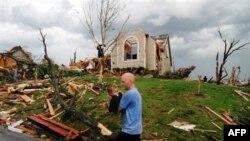 Торнадо прокотилися штатом Міссурі