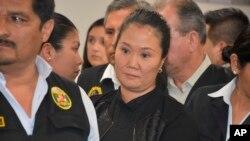 """La líder opositora peruana Keiko Fujimori denunció este domingo que sufre un encarcelamiento """"injusto"""", en el marco de una investigación en su contra por el escándalo de corrupción de la constructora brasileña Odebrecht. Foto AP."""