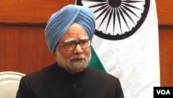 Komentar PM India Manmohan Singh membuat kerisauan di Bangladesh.