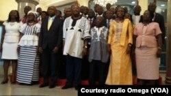 La première photo du gouvernement de Paul Thieba, Ouagadougou, 13 janvier, 2015. Courtesy Radio Omega.