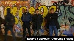 30 năm, bức tường Berlin.