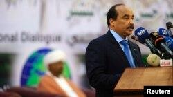 Le président mauritanien Mohamed Ould Abdel Aziz parle lors d'un session à Khartoum, Soudan, le 10 octobre 2016.