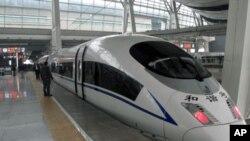 中國正全力興建高鐵鐵路網。