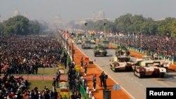 1月26日﹐印度舉行的一次閱兵儀式上展示的坦克。