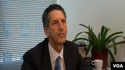 Visoki saradnik Centra za transatlantske odnose Univerziteta Džons Hopkins Ed Džozef