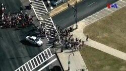 Florida'daki Silahlı Saldırı Liseli Gençleri Eylemci Yaptı