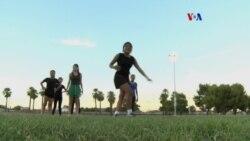 Refugiados encuentran una comunidad en el fútbol
