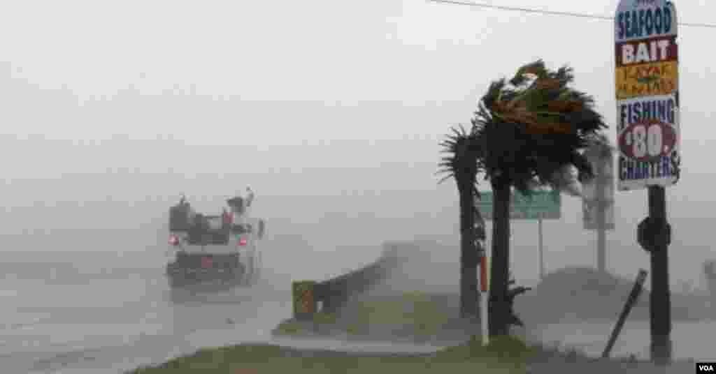 Huracán Florence provoca destrucción en Carolina del Norte.