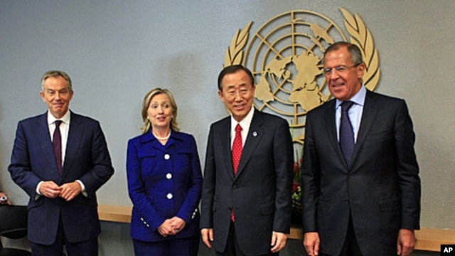 Past meetings of the Middle East Quartet have included (L-R) former British Prime Minister Tony Blair, US Secretary of State Hillary Clinton, UN Secretary-General Ban Ki-moon and Russia's Foreign Minister Sergei Lavrov (file photo)
